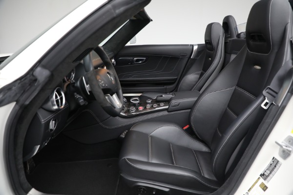 Used 2012 Mercedes-Benz SLS AMG for sale $159,900 at Maserati of Westport in Westport CT 06880 16
