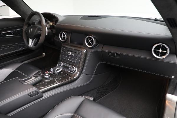 Used 2012 Mercedes-Benz SLS AMG for sale $159,900 at Maserati of Westport in Westport CT 06880 18