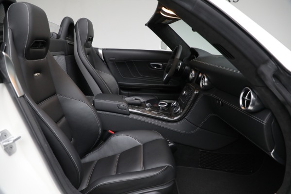 Used 2012 Mercedes-Benz SLS AMG for sale $159,900 at Maserati of Westport in Westport CT 06880 19