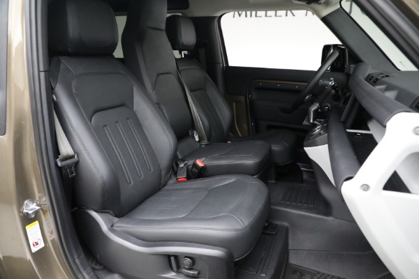 Used 2021 Land Rover Defender 90 First Edition for sale $69,900 at Maserati of Westport in Westport CT 06880 23