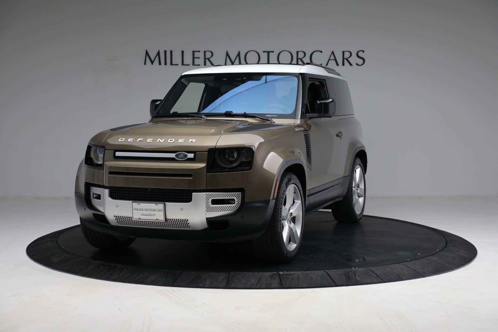 Used 2021 Land Rover Defender 90 First Edition for sale $69,900 at Maserati of Westport in Westport CT 06880 1