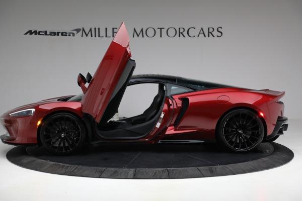 New 2021 McLaren GT for sale $217,275 at Maserati of Westport in Westport CT 06880 14