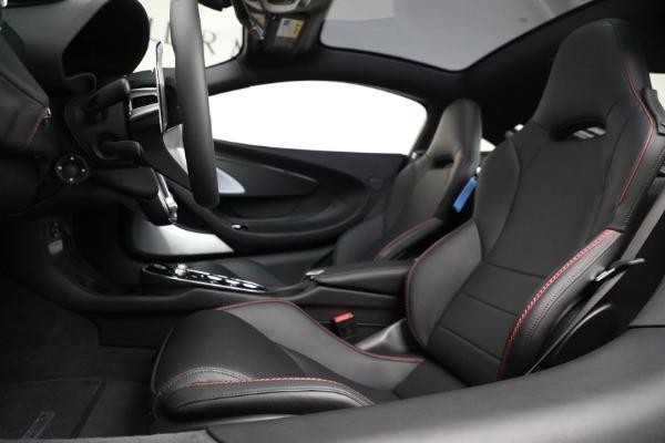 New 2021 McLaren GT for sale $217,275 at Maserati of Westport in Westport CT 06880 20