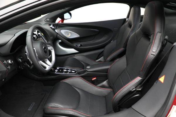 New 2021 McLaren GT for sale $217,275 at Maserati of Westport in Westport CT 06880 21