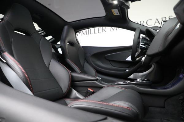 New 2021 McLaren GT Luxe for sale $217,275 at Maserati of Westport in Westport CT 06880 23