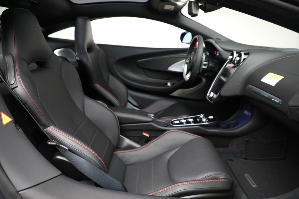New 2021 McLaren GT Luxe for sale $217,275 at Maserati of Westport in Westport CT 06880 24