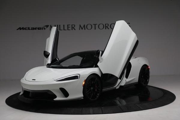 New 2021 McLaren GT Luxe for sale $217,205 at Maserati of Westport in Westport CT 06880 14