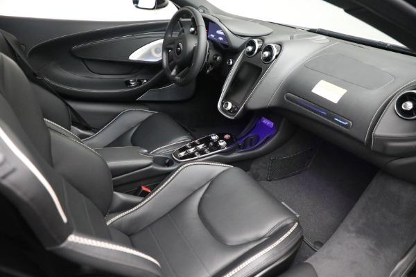 New 2021 McLaren GT Luxe for sale $217,205 at Maserati of Westport in Westport CT 06880 21