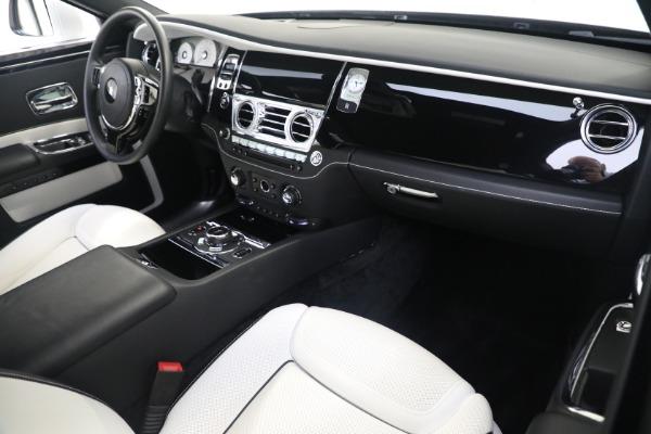 Used 2017 Rolls-Royce Ghost for sale $219,900 at Maserati of Westport in Westport CT 06880 12