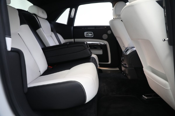 Used 2017 Rolls-Royce Ghost for sale $219,900 at Maserati of Westport in Westport CT 06880 24