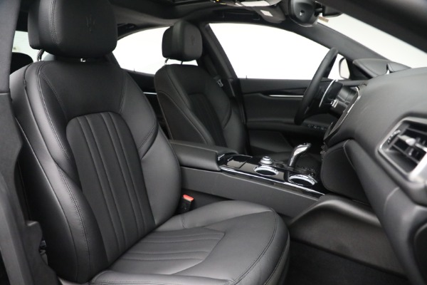 New 2021 Maserati Ghibli SQ4 for sale $92,894 at Maserati of Westport in Westport CT 06880 27