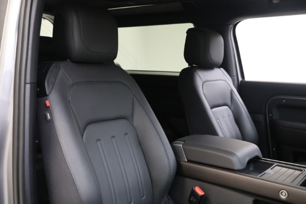 Used 2021 Land Rover Defender 90 X for sale $84,900 at Maserati of Westport in Westport CT 06880 16