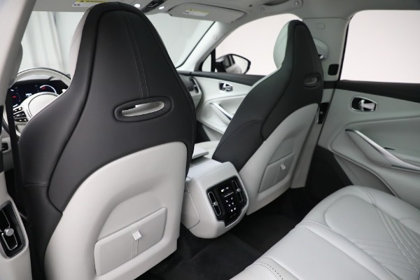 Used 2021 Aston Martin DBX for sale $199,900 at Maserati of Westport in Westport CT 06880 18