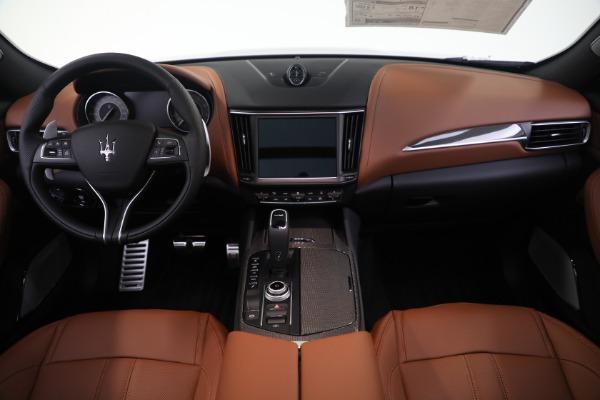 New 2021 Maserati Levante S GranSport for sale $112,799 at Maserati of Westport in Westport CT 06880 16