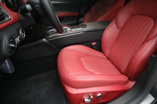 New 2021 Maserati Ghibli SQ4 GranLusso for sale Call for price at Maserati of Westport in Westport CT 06880 15