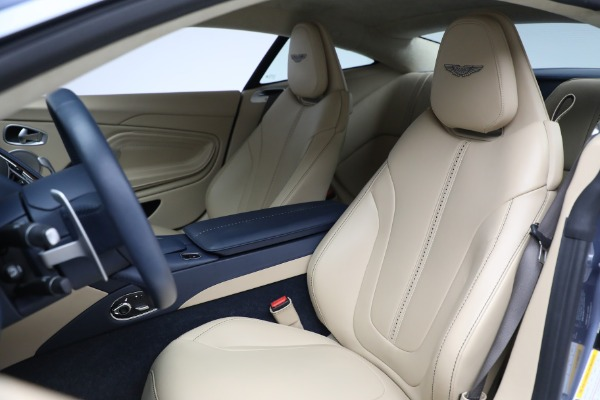 Used 2018 Aston Martin DB11 V12 for sale $164,990 at Maserati of Westport in Westport CT 06880 15