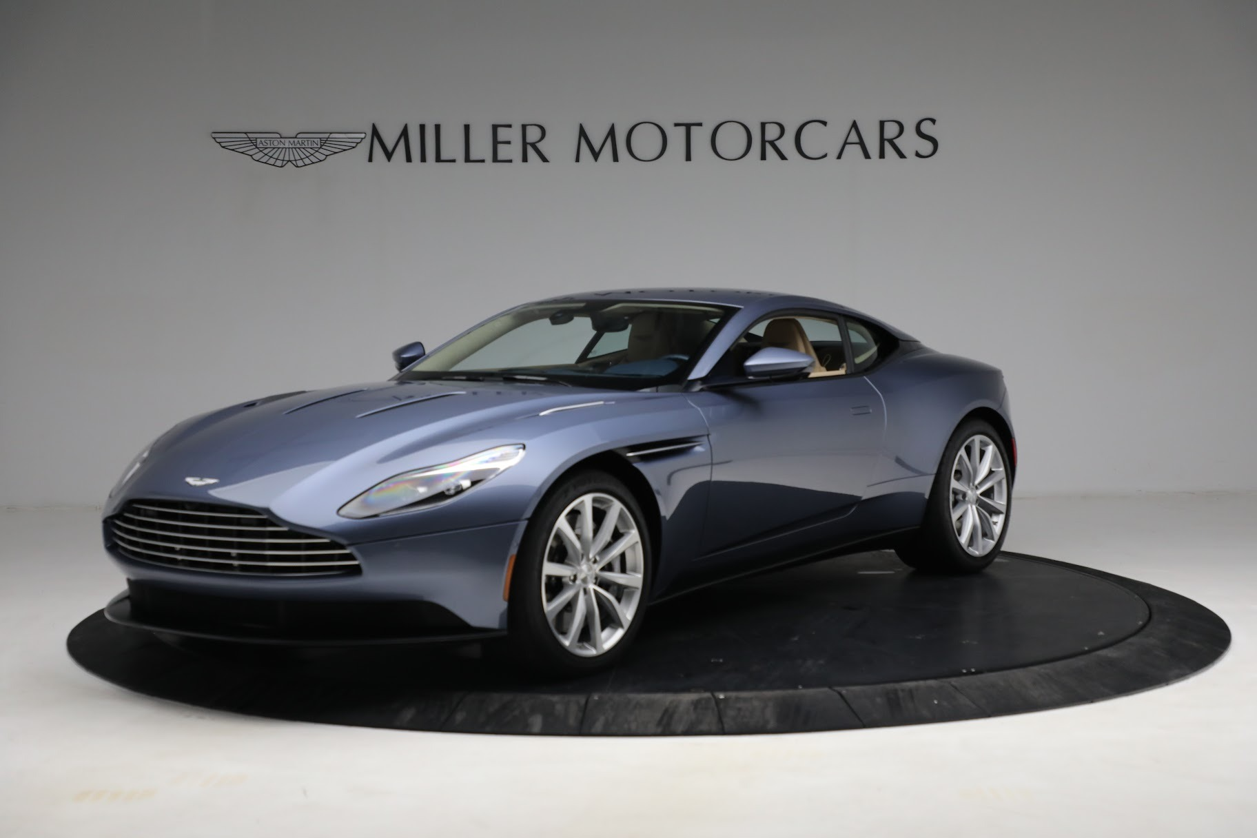 Used 2018 Aston Martin DB11 V12 for sale $164,990 at Maserati of Westport in Westport CT 06880 1