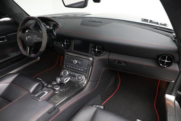 Used 2014 Mercedes-Benz SLS AMG GT for sale $159,900 at Maserati of Westport in Westport CT 06880 20
