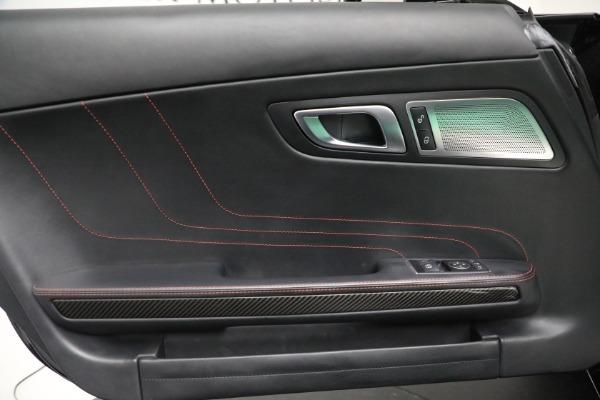 Used 2014 Mercedes-Benz SLS AMG GT for sale $159,900 at Maserati of Westport in Westport CT 06880 26