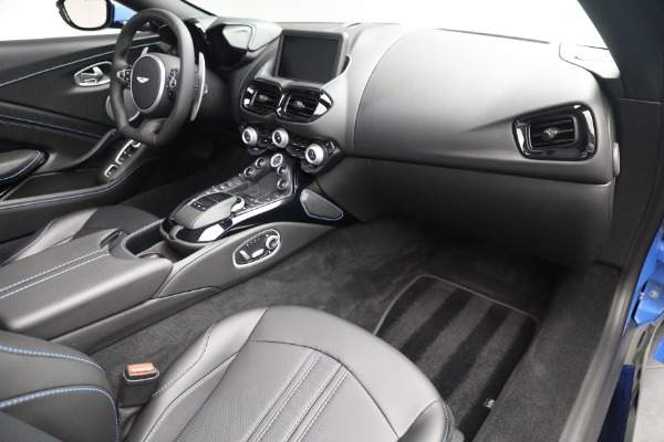 New 2021 Aston Martin Vantage Roadster for sale $186,386 at Maserati of Westport in Westport CT 06880 23