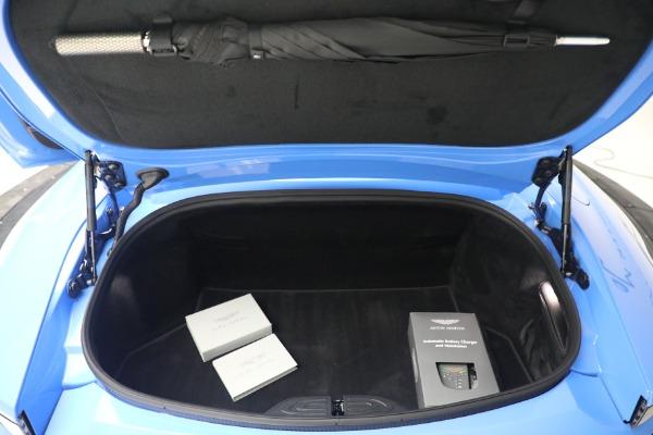 New 2021 Aston Martin Vantage Roadster for sale $186,386 at Maserati of Westport in Westport CT 06880 25