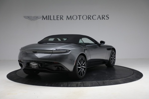 New 2021 Aston Martin DB11 Volante for sale $260,286 at Maserati of Westport in Westport CT 06880 26