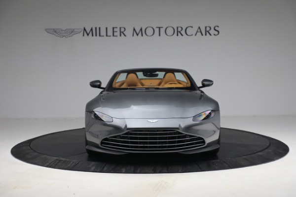 New 2021 Aston Martin Vantage Roadster for sale $174,586 at Maserati of Westport in Westport CT 06880 11