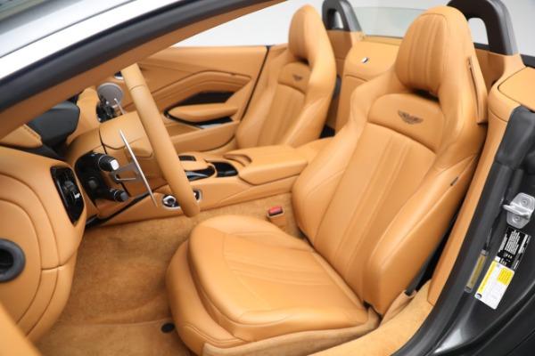 New 2021 Aston Martin Vantage Roadster for sale $174,586 at Maserati of Westport in Westport CT 06880 14