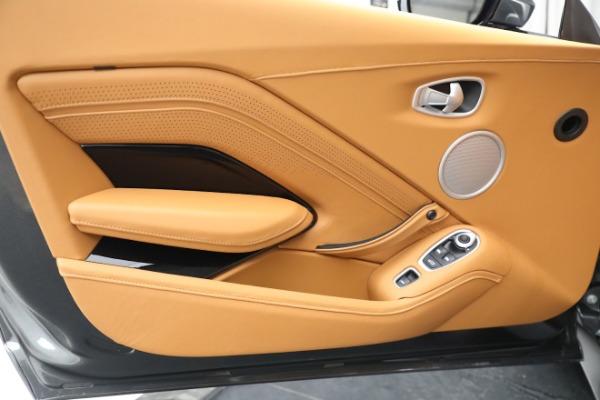New 2021 Aston Martin Vantage Roadster for sale $174,586 at Maserati of Westport in Westport CT 06880 15