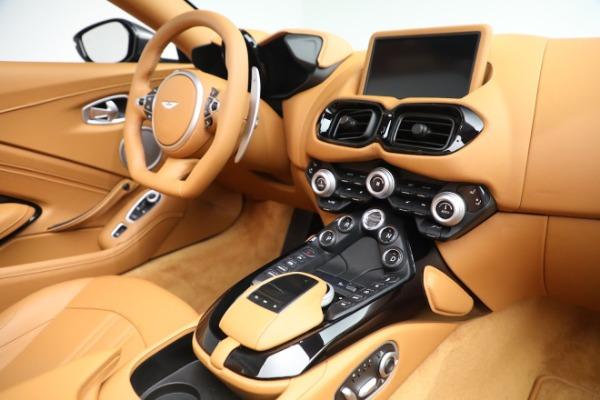 New 2021 Aston Martin Vantage Roadster for sale $174,586 at Maserati of Westport in Westport CT 06880 16