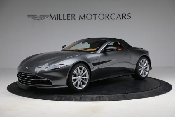 New 2021 Aston Martin Vantage Roadster for sale $174,586 at Maserati of Westport in Westport CT 06880 18