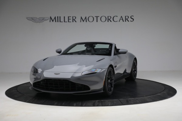 New 2021 Aston Martin Vantage Roadster for sale $180,286 at Maserati of Westport in Westport CT 06880 12
