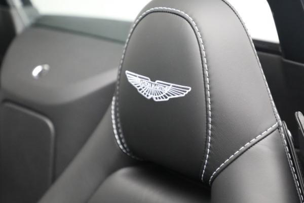 New 2021 Aston Martin Vantage Roadster for sale $180,286 at Maserati of Westport in Westport CT 06880 17