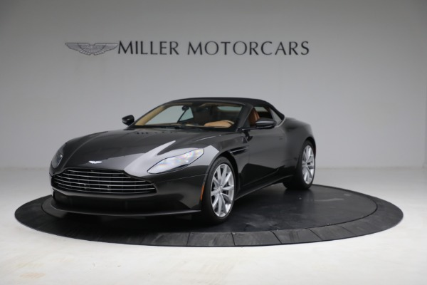 Used 2019 Aston Martin DB11 Volante for sale $212,990 at Maserati of Westport in Westport CT 06880 14