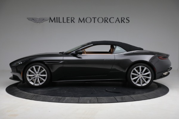 Used 2019 Aston Martin DB11 Volante for sale $212,990 at Maserati of Westport in Westport CT 06880 17