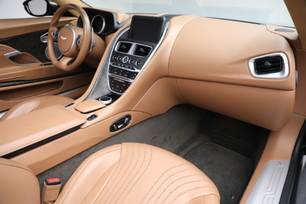 Used 2019 Aston Martin DB11 Volante for sale $212,990 at Maserati of Westport in Westport CT 06880 24