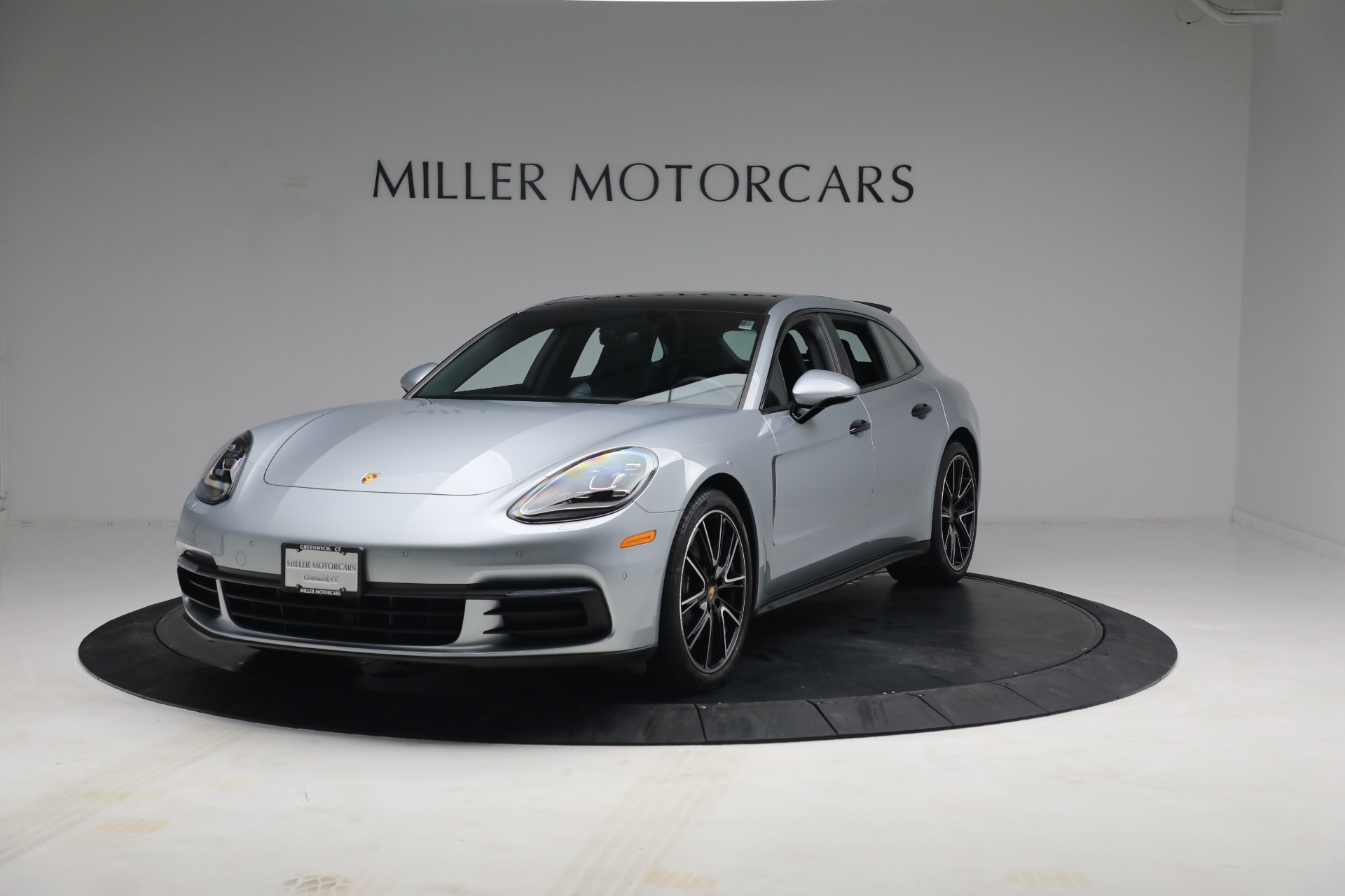 Used 2018 Porsche Panamera 4 Sport Turismo for sale Call for price at Maserati of Westport in Westport CT 06880 1
