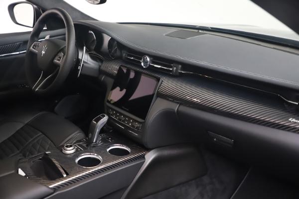 New 2022 Maserati Quattroporte Modena Q4 for sale $131,195 at Maserati of Westport in Westport CT 06880 18