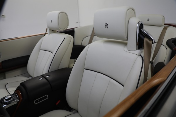 Used 2015 Rolls-Royce Phantom Drophead Coupe for sale Call for price at Maserati of Westport in Westport CT 06880 25
