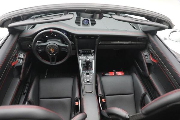 Used 2019 Porsche 911 Speedster for sale $395,900 at Maserati of Westport in Westport CT 06880 23