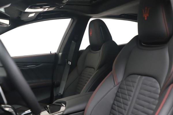 New 2022 Maserati Quattroporte Modena Q4 for sale $128,775 at Maserati of Westport in Westport CT 06880 14
