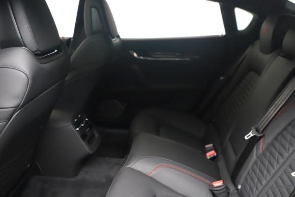 New 2022 Maserati Quattroporte Modena Q4 for sale $128,775 at Maserati of Westport in Westport CT 06880 16