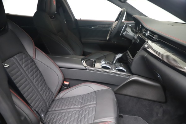 New 2022 Maserati Quattroporte Modena Q4 for sale $128,775 at Maserati of Westport in Westport CT 06880 18