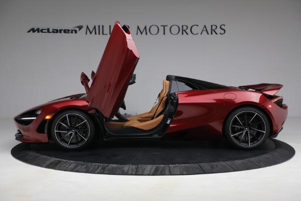 New 2022 McLaren 720S Spider for sale $382,090 at Maserati of Westport in Westport CT 06880 15