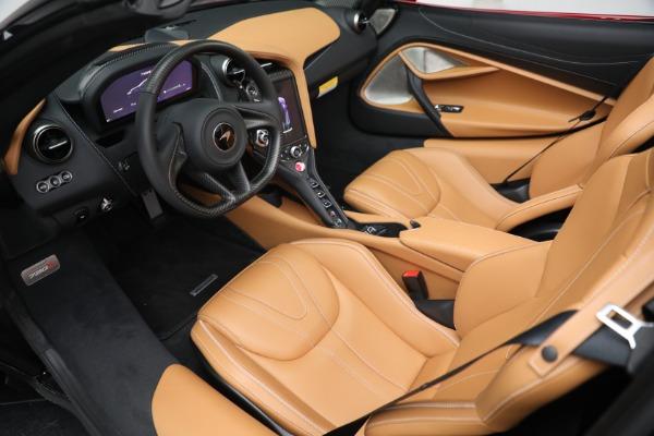 New 2022 McLaren 720S Spider for sale $382,090 at Maserati of Westport in Westport CT 06880 23