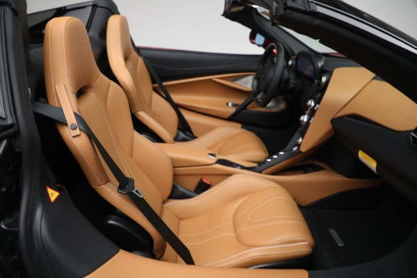 New 2022 McLaren 720S Spider for sale $382,090 at Maserati of Westport in Westport CT 06880 26