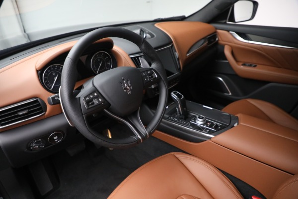 New 2022 Maserati Levante Modena for sale $104,545 at Maserati of Westport in Westport CT 06880 13