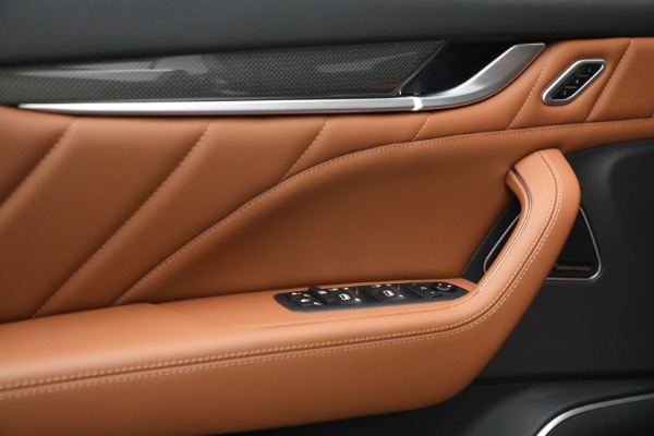 New 2022 Maserati Levante Modena for sale $104,545 at Maserati of Westport in Westport CT 06880 19