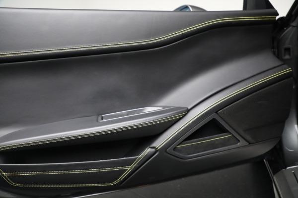 Used 2011 Ferrari 458 Italia for sale $229,900 at Maserati of Westport in Westport CT 06880 16