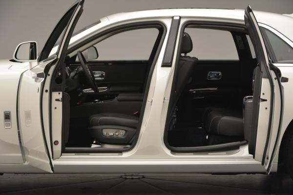 Used 2017 Rolls-Royce Ghost for sale Sold at Maserati of Westport in Westport CT 06880 17